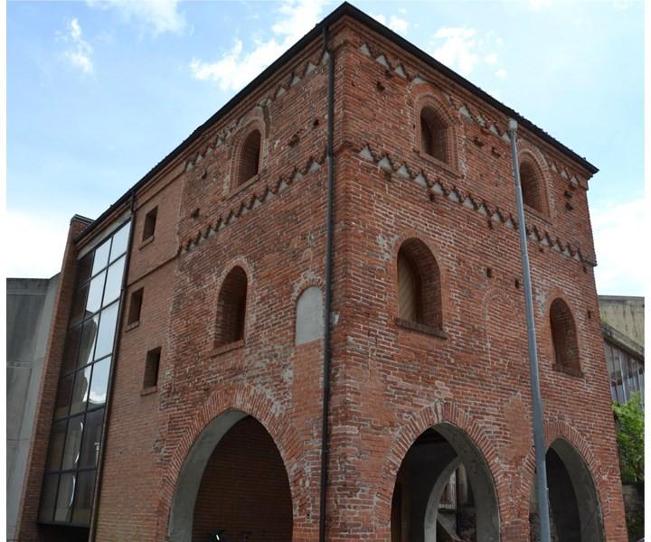 Associazione culturale via romea canavesana storia in for 1 piani di fattoria storia con avvolgente portico